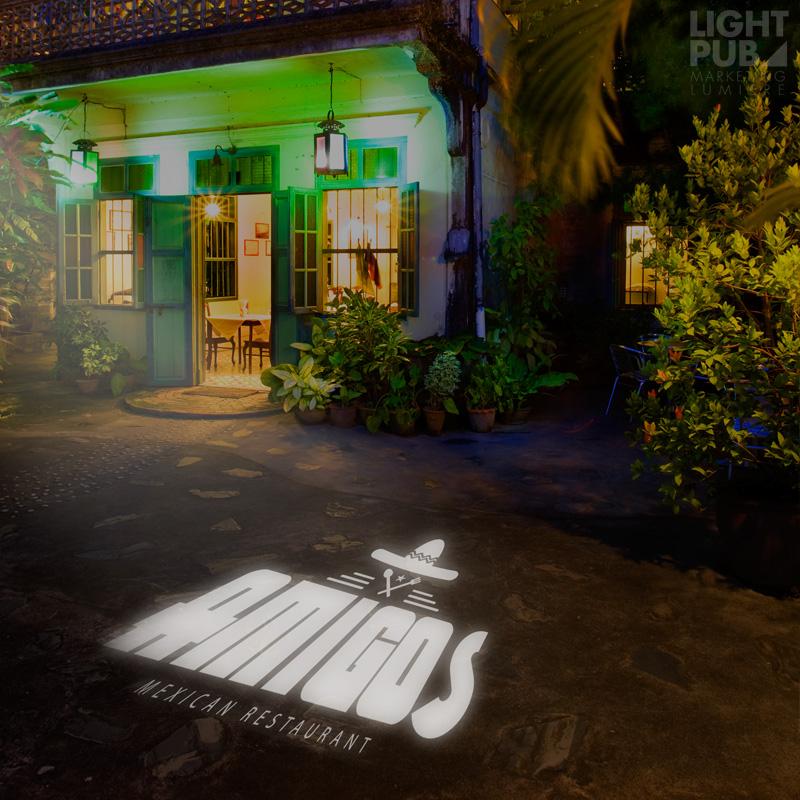 Enseigne lumineuse LED extérieur restaurant bar