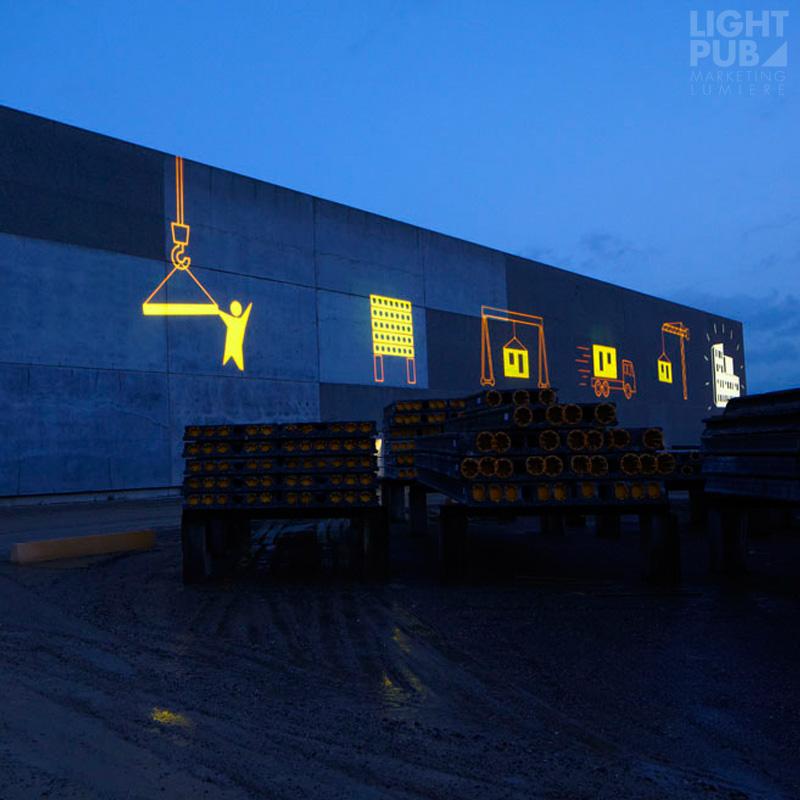 Projection lumineuse décorative bâtiment industriel
