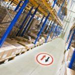 Signalétique au sol de sécurité pour entrepôt