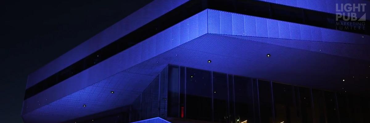 Projecteur extérieur façade changement de couleurs